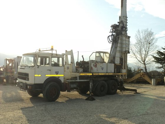 IMT 805 on FIAT truck