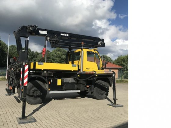 2008 Unimog U 500 with MKG loading crane HMK 175a4L carpentry crane in  Wardenburg, Germany