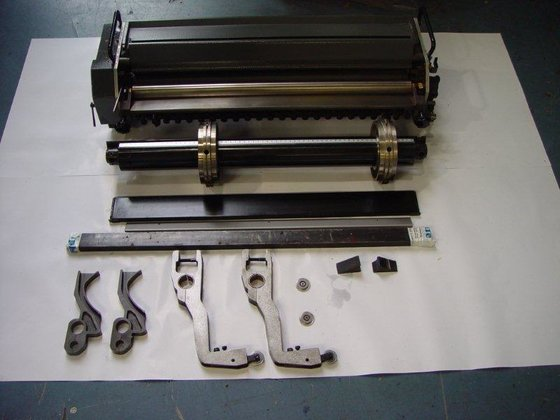 NUMBERING AND PERFORATING UNIT FOR