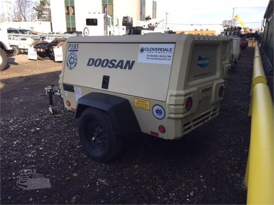 2016 DOOSAN P185WDO-T4F in Oak Park, MI, USA