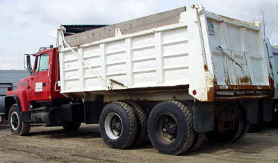 1991 FORD LT 8000 in