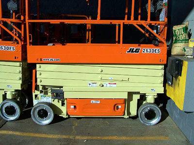 2004 JLG 2630ES in Menomonee