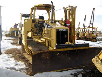 2002 CATERPILLAR D3GLGP in Alberta,