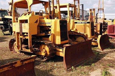 1985 JOHN DEERE 450E in