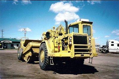 1990 CATERPILLAR Scraper in Alberta,