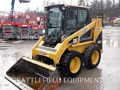 2005 CATERPILLAR 216B in Ontario,