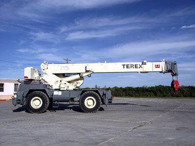 2001 TEREX RT230 in San