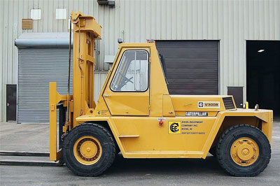 1984 CATERPILLAR V300B in Boise,
