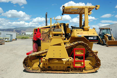 2005 CATERPILLAR D5N LGP in