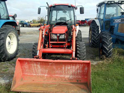 2007 Kubota M7040 in Watertown,