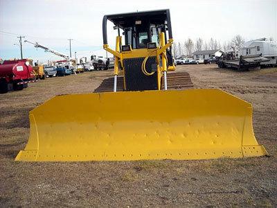 2006 KOMATSU D65PX15 in Alberta,