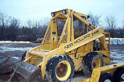 New Holland Construction L775 in