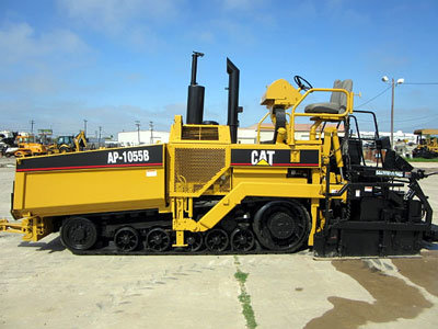 2001 CATERPILLAR AP-1055B in San