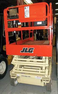 2002 JLG 2646E2 in Menomonee