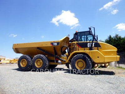 2014 CATERPILLAR 725 in Greensboro,