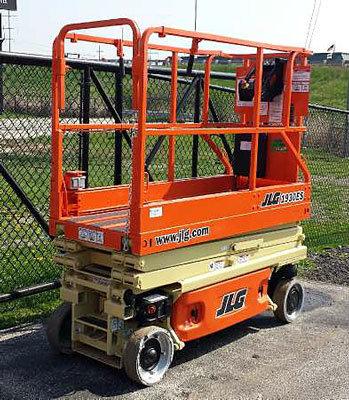 2005 JLG 1930ES in Menomonee