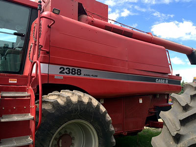 2002 CASE 2388 in Winkler,