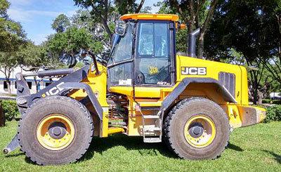 2014 JCB 427 ZX in