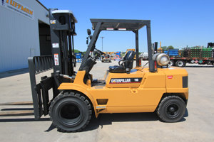 Caterpillar GP50 Forklift in Moberly,