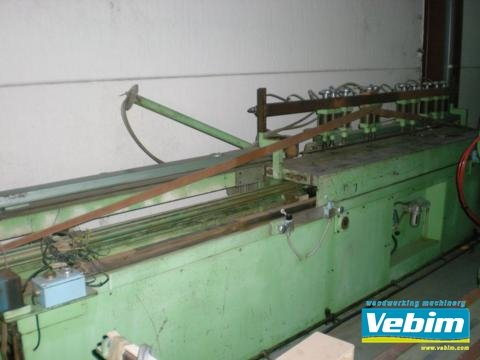 D`HULSTER Straightening machine in Kortrijk,