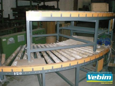 Roller conveyor 180° in Kortrijk,