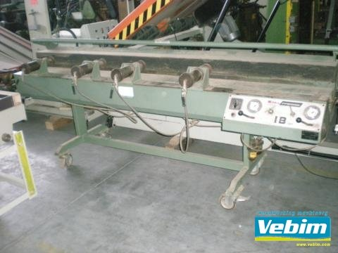 edge glueing press in Kortrijk,