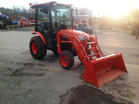 2013 Kubota B3350HSDC in Clinton,