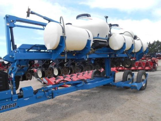 2009 Kinze 3660 in Humphrey,