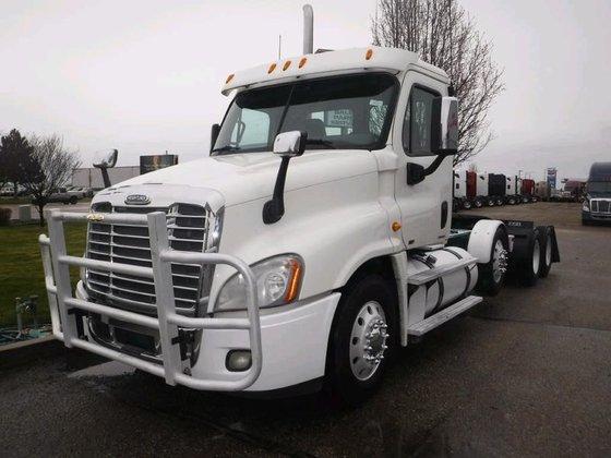 2012 Freightliner CASCADIA 125 in