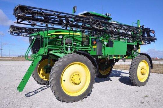 2013 John Deere 4830 in