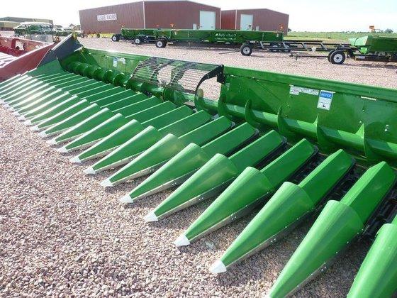 2014 Clarke Machine 2415 in