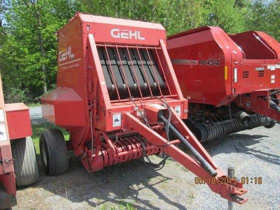 2005 Gehl 2480 in Greenwich,