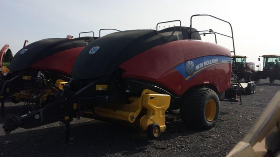 2013 New Holland BIG BALER