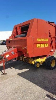New Holland 688 in Preston,