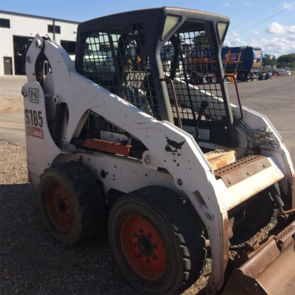 2007 Bobcat S185 in Burnsville,