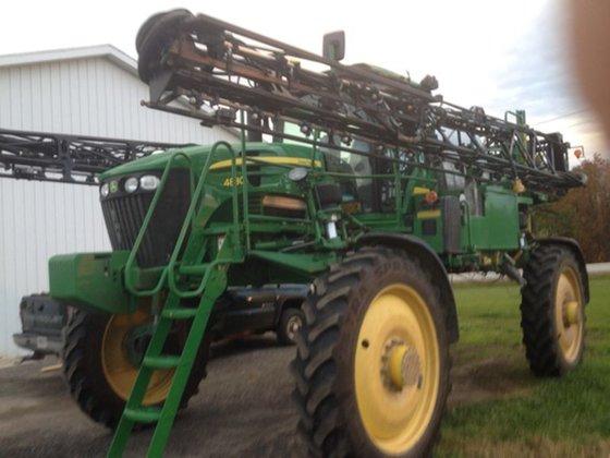 2010 John Deere 4830 in