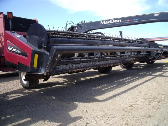2008 MacDon Industries A30-S in