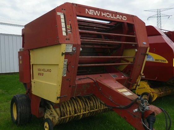 New Holland 853 in Eureka,