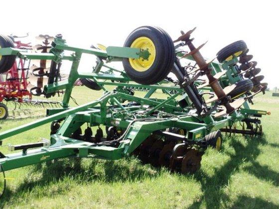 2008 John Deere 512 in