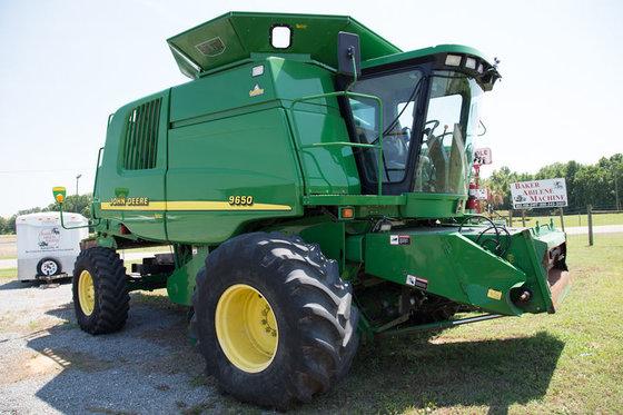 2001 John Deere 9650 in
