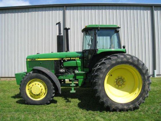 1990 John Deere 4955 in