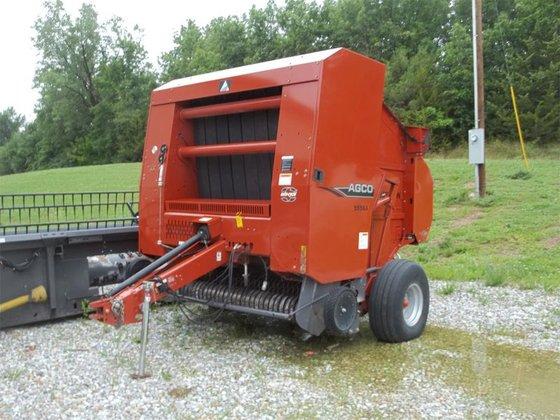 2009 AGCO 5556A in Edina,