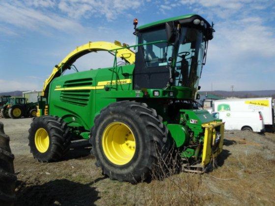 2008 John Deere 7450 in