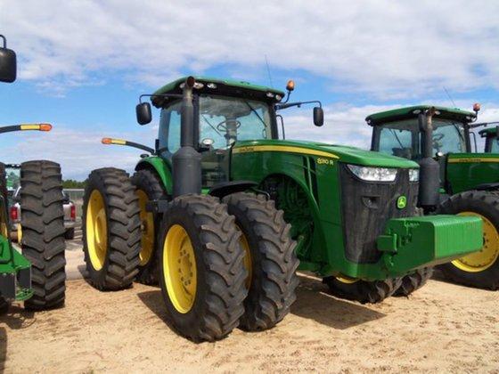 2012 John Deere 8310R in