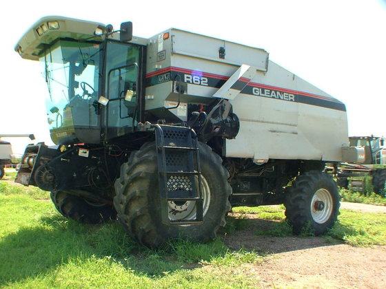 1994 Gleaner R62 in Kalvesta,