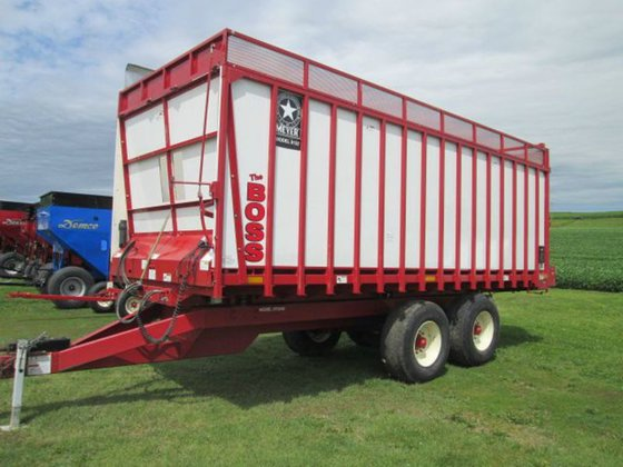 2012 Meyer 8122 in Waunakee,