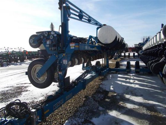 2006 Kinze 16 ROW in