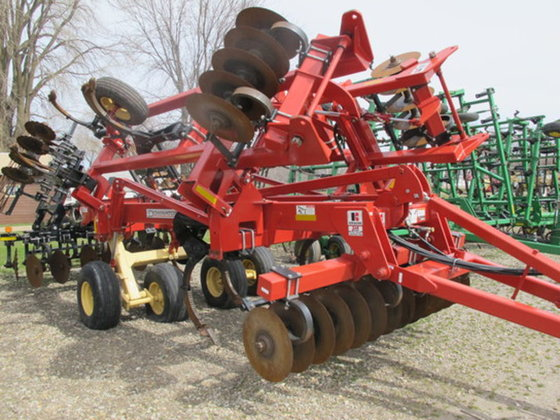 2010 Krause 4850 in Hollandale,