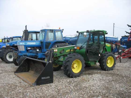 John Deere 3400 in Harlan,
