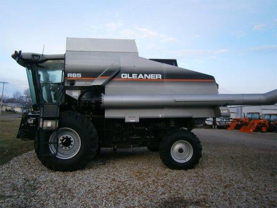 2006 Gleaner R65 in Rohlfs